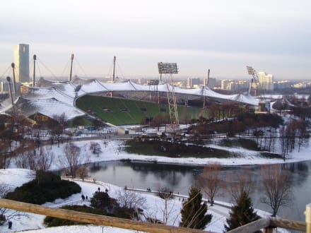 Olympiastadion im Winter - Olympiapark