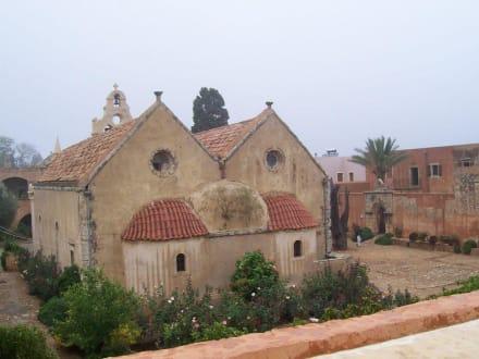 Blick in den Innehof des Klosters - Kloster Moni Arkadi