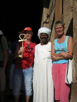 Eingang in den Tempel von abu Simbel - Tempel von Abu Simbel