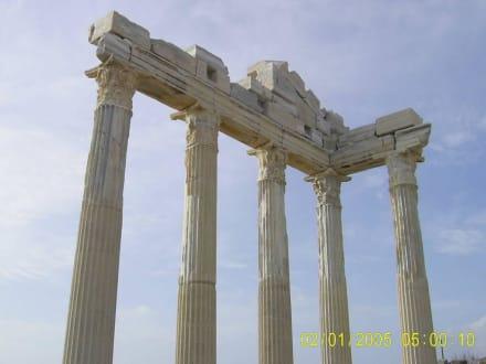 SIDE * Säulen * Ruinen * Sandstrände * Markstände - Apollon Tempel