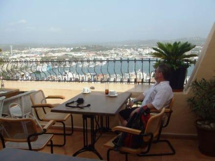 "Kaffee-Pause im Restaurant ""El Corsa Rio"" - Altstadt Dalt Vila Ibiza"