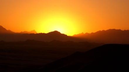 Wenn die Sonne untergeht - Wüste
