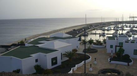 Blick auf den neuen Hafen - Yachthafen Rubicón