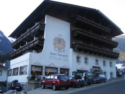 Außenansicht - Hotel Neuwirt