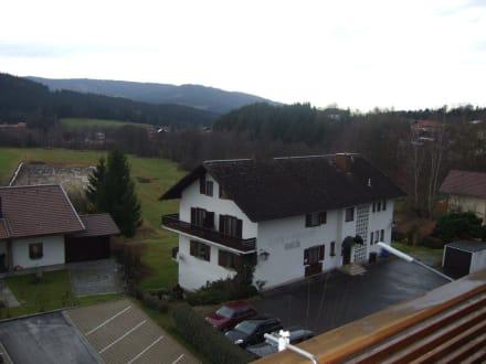 balkon bild hotel lindenwirt in drachselsried oberried bayern deutschland. Black Bedroom Furniture Sets. Home Design Ideas