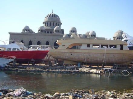 Die neue Moschee - Stadtrundgang Hurghada