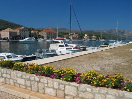 Hafen von Stari Grad - Hafen Stari Grad (Hvar)