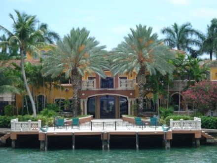 Villa auf Star Island - Bootstour Miami Beach