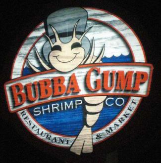 Bubba Gump Logo am Eingang - Bubba Gump