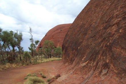 Uluru (Ayers Rock) - Ayers Rock / Uluru