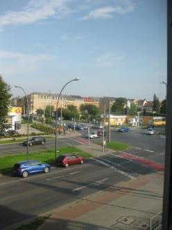 Ausblick zur Straße - NH Dresden Neustadt