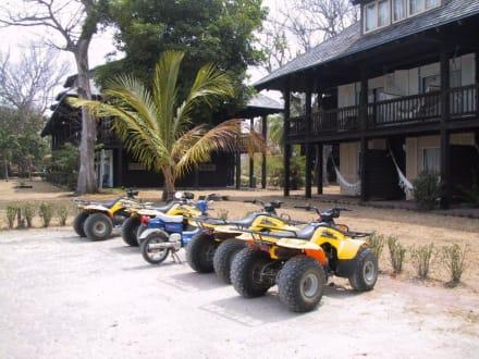 hotel contadora resort: