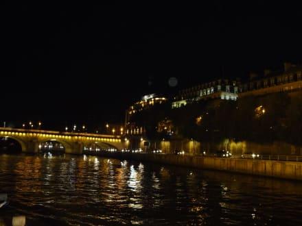 Lichterfahrt auf der Seine - Bootstour Seine Paris