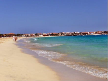 Strand mit Sicht auf St. Maria - Strand Santa Maria