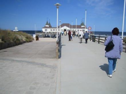 Seebrücke in Ahlbeck - Strand Ahlbeck