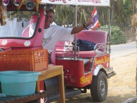 Sing's Beach Bar- Tuk Tuk-Service - Sing's Beach Bar