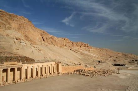 Tempel/Kirche/Grabmal - Tempel der Hatschepsut