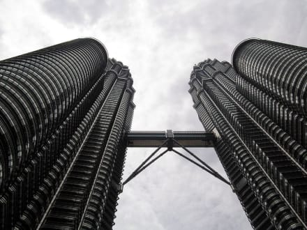Twin Towers - Petronas Twin Towers