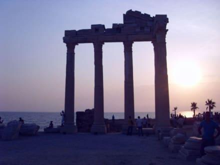 Bei Sonnenuntergang - Apollon Tempel