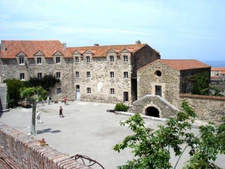Innenhof des Château Royals - Château Royal de Collioure