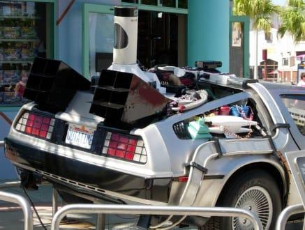 """Das Auto aus """"Zurück in die Zukunft"""" - Universal Studios Florida"""