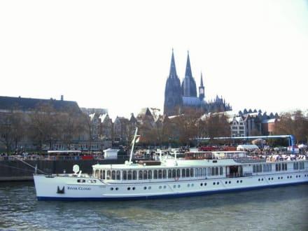 Schifffahrt Köln Düsseldorf