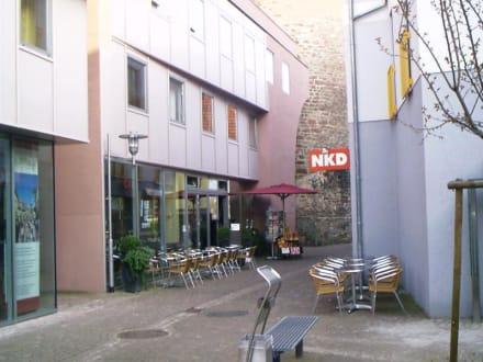 Aussenansicht - Cafe Bar Da Barista