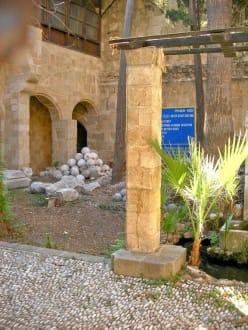 Innenhof in der Altstadt - Altstadt Rhodos Stadt