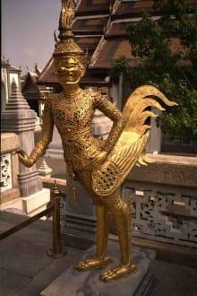 Figur in großer Tempelanlage - Wat Phra Keo und Königspalast / Grand Palace