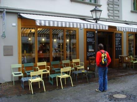 Aussenansicht - Das Voglhaus-Café