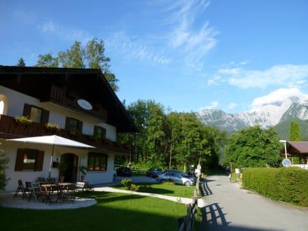 Landhaus von der Seite - Hotel Garni Landhaus Sonnenstern