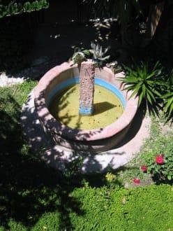 Brunnen mit Sonnenuhr - Brunnen in Queretaro