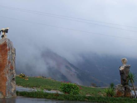 auf dem Weg über die Berge durch die Wolken - Hochebene Diktigebirge