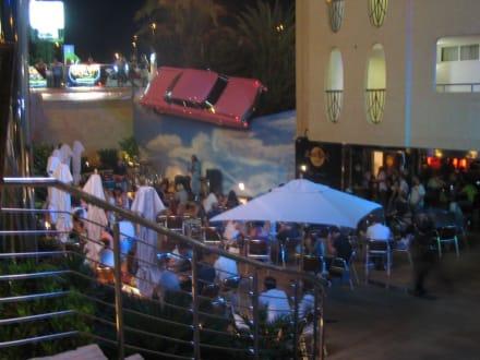 Eingang Hard Rock Café - Hard Rock Café (geschlossen)