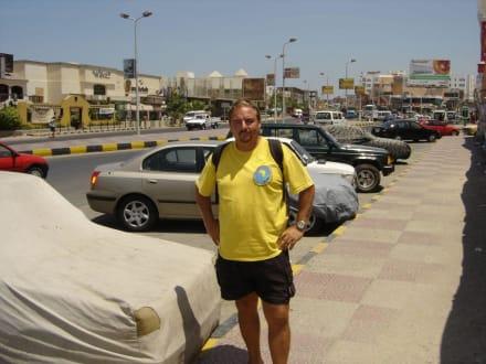 Leiter der Tauchbasis Adventurer Diving - Adventurer-Diving (geschlossen)