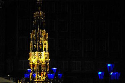 Schöner Brunnen - Blaue Nacht