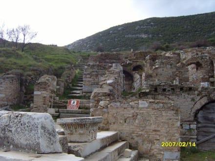 Ein Weg nach Oben! - Antikes Ephesus