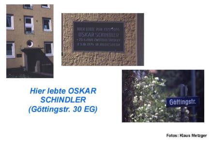 Hinweistafel auf OSKAR SCHINDLER - Oskar Schindler-Führung