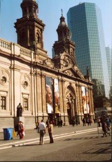 Die Kathedrale in Santiago de Chile - Santiago Metropolitan Cathedral