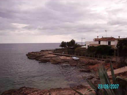 Rundweg vom Hafen zum Leuchtturm - Leuchtturm Colonia Sant Jordi