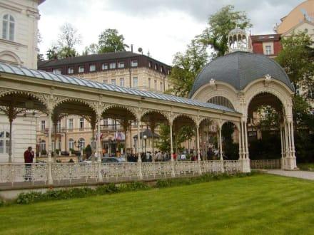 Romantisches Karlsbad - Parkkolonnade / Dvorak Park