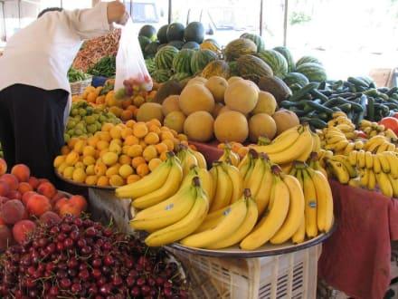 Samstags - Markt an der Moschee - Markt