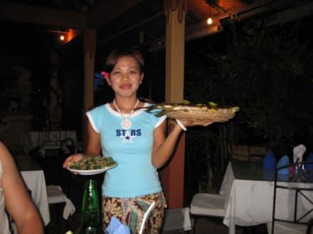 Hier kommt das Essen! - Abendessen beim Fischer