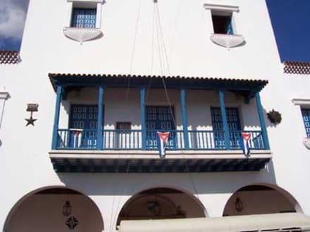 Fidel's Balkon - Rathaus Santiago de Cuba