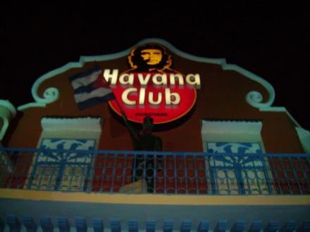 Frpnt vom Havana Club bei Nacht - Havana Club (geschlossen)