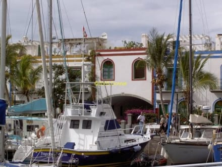 Puerto Mogan - kleine Hafenstadt - Hafen Puerto de Mogán