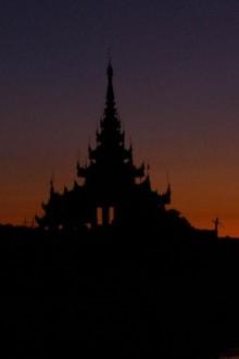 Sonnenuntergang in Mandaly, Königspalast - Palast