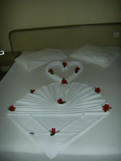 Bett - Linda Resort Hotel