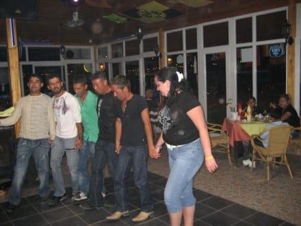 Türkischer Tanz - Palmen Bar Restaurant