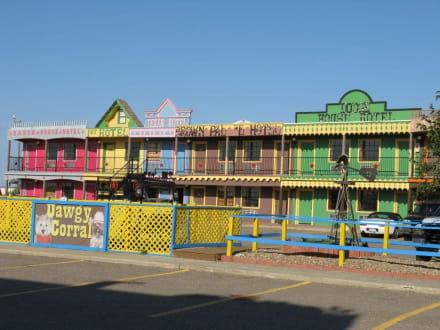 Blick auf das dazugehörende Motel - Big Texan Steak Ranch